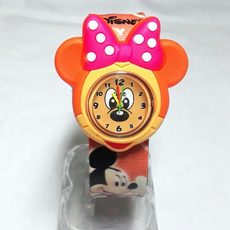 Đồng hồ nhựa dẻo tự uốn Mickey bán chạy