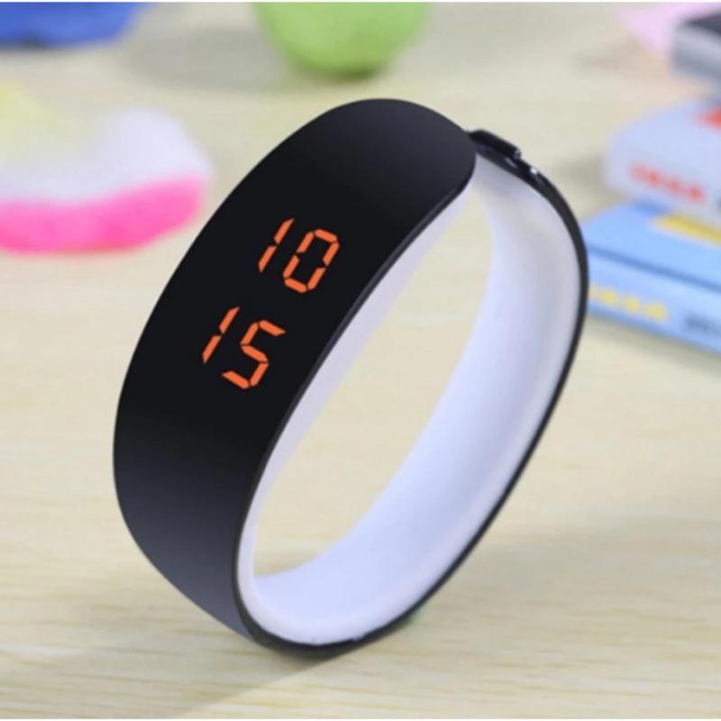 Nơi bán Đồng hồ nữ dây nhựa kiểu vòng tay thể thao (Đen)