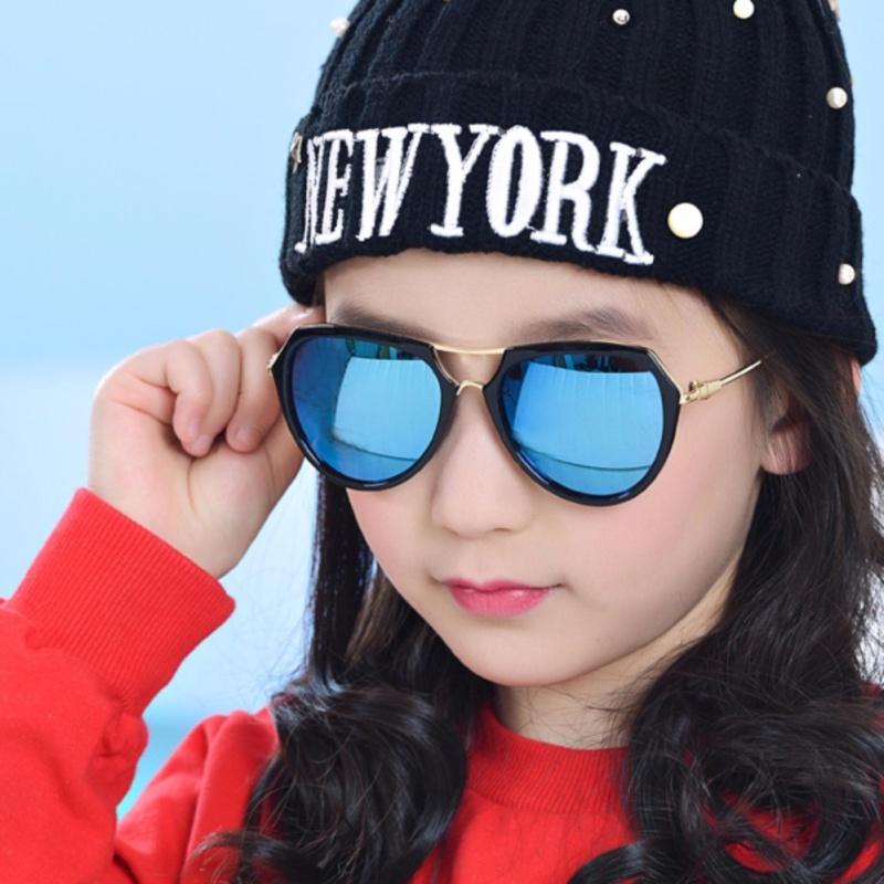 Mua Kính mát thời trang đa giác cao cấp dành cho bé yêu Kids Love Korea 2017 F215 (Đen)