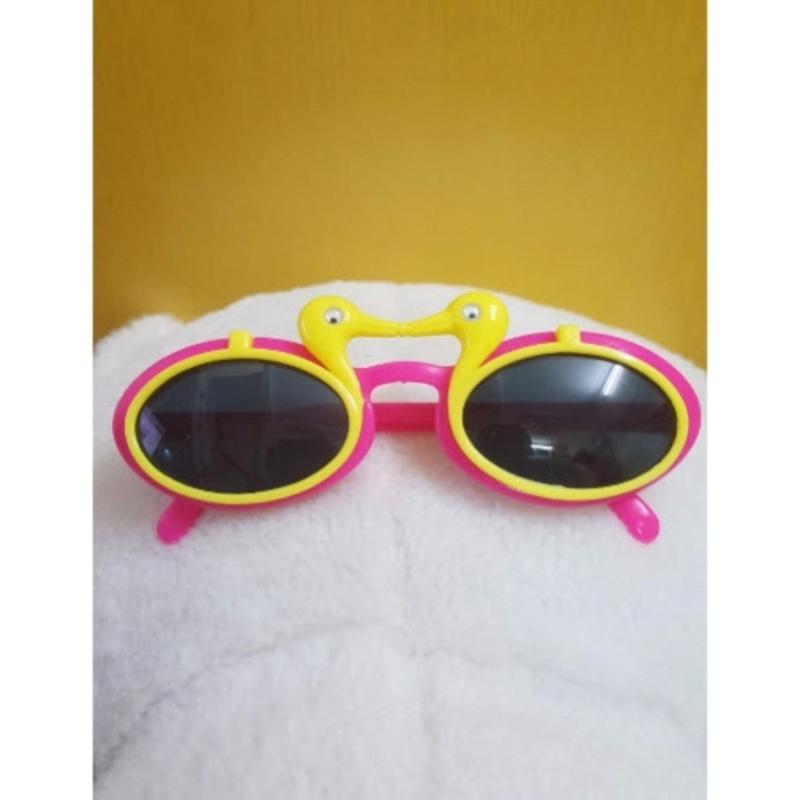 Mua Kính mát trẻ em chống nắng hình con vịt (Vàng hồng)  + Tặng 1 đôi găng tay lót nỉ siêu cute + Tặng 1 đôi dép nỉ đi trong nhà