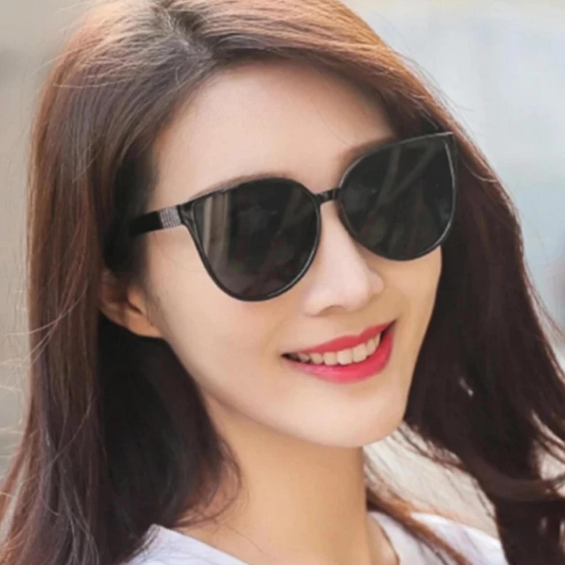 Mắt Kính Thời Trang Nữ tuyệt đẹp PGH-01 (Đen)