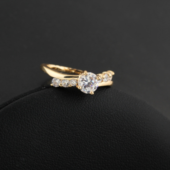 Sparkling Diamante Finger Ring Zircon Jewelry 18K Gold Filled USA #8 (Intl)