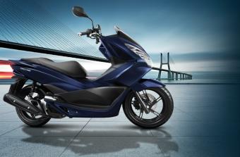 Xe tay ga Honda PCX tiêu chuẩn – Xanh