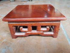 đôn gỗ vuông full size