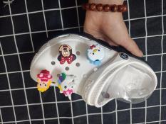 1 Nút sticker lò xo gắn dép sục Hapu (nhiều kiểu hình)