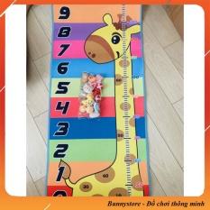 Bảng ném bóng dính kết hợp đo chiều cao cho bé