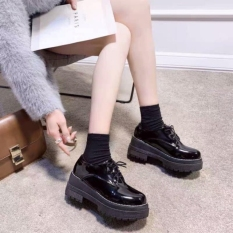 Giày bốt cổ thấp da bóng mới
