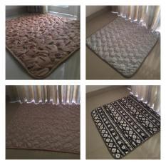 Thảm ngủ em bé bằng vải lông cao cấp 1m*1m _ Vải lông mịn không rụng lông không kích ứng da ( Lấy mẫu ngẫu nhiên)