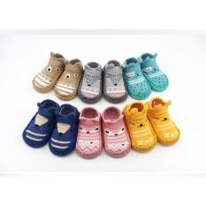 Giày tất tập đi chống trượt cho bé từ 6 đến 24 tháng
