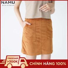 Chân váy kaki nhung gân midi dáng ngắn xẻ tà hiệu NAMU 906080201