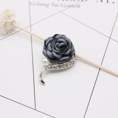 Cài áo hoa hồng Hàn Quốc nhành viền đá