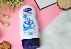 Bubchen – Dầu tắm gội dành cho da nhạy cảm Sanfte Lieblinge 230ml -67426, Chiết xuất từ các thành phần từ thiên nhiên, giúp nuôi dưỡng làn da nhạy cảm, hương thơm nhẹ nhàng