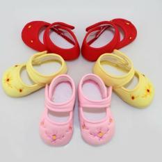 (CHỌN MÀU) Giày tập đi đế mềm chống trượt thêu hoa bé gái (Mẫu 12 dép tập đi) giầy tập đi, sandal mềm