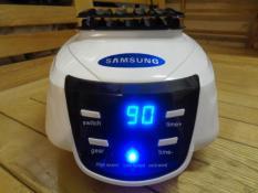 Tủ sấy quần áo HD-882F tiết kiện năng lượng điện – Bảo hành 2 năm