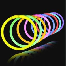 Hộp 100 que phát sáng nhiều màu cho bé chơi trung thu, lễ hội, đêm nhạc, chợ đêm
