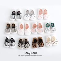 335# Giày bún đế trắng hình 3D tập đi cho bé