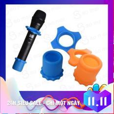 Bộ 4 cái Silicone cao su Chống Trượt Lăn Vòng Micro Cầm Tay Phụ Kiện Cho Karaoke ( nhiều màu )