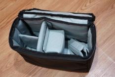 Túi bảo vệ máy ảnh Crumpler có quai xách có thể bỏ balo