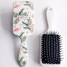 Lược gai nhựa hỗ trợ chải cúp tóc khi sấy