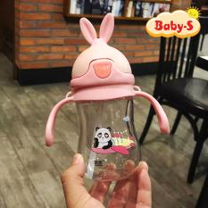 [TẶNG KÈM DÂY ĐEO] Bình nước cho bé tập uống 280ml hình tai thỏ đáng yêu bằng nhựa PP chịu nhiệt tốt an toàn cho bé yêu có tay cầm tiện lợi Baby-S – SBN008