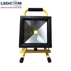 Đèn pha led tích điện cao cấp ánh sáng trắng chất lượng