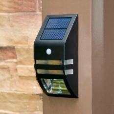Đèn năng lượng mặt trời cao cấp Chiếu sáng lên đến 12h