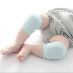 Tất bảo vệ đầu gối cho bé