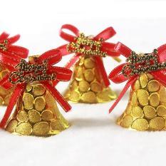 2 Chuông nhỏ cột nơ chữ merry christmas trang trí noel cây thông giáng sinh