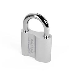 Khóa treo titanium 63/10 – khóa Huy Hoàng, tiêu chuẩn Châu Âu mang lại sự an toàn và tiện lợi cho người dùng