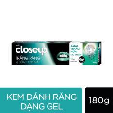 Kem đánh răng dạng GEL Closeup Trắng sáng tự nhiên Vị Dừa Thơm Mát 180g