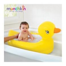 Chậu tắm phao vịt vàng Munchkin MK32201