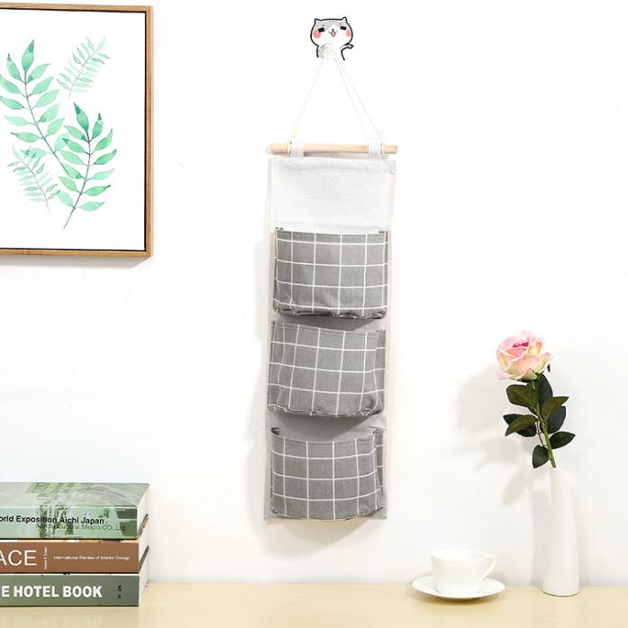Túi treo tường đựng đồ tiện dụng vải có 3 ngăn đựng đồ cá nhân tiện ích VHN2355
