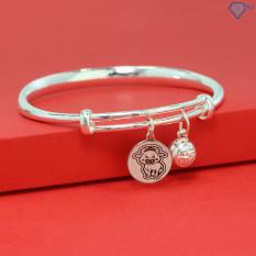 Quà tặng thôi nôi, quà đầy tháng cho bé ý nghĩa – Lắc bạc cho bé tuổi sửu hình con trâu khắc tên LTT0060 – Trang Sức TNJ