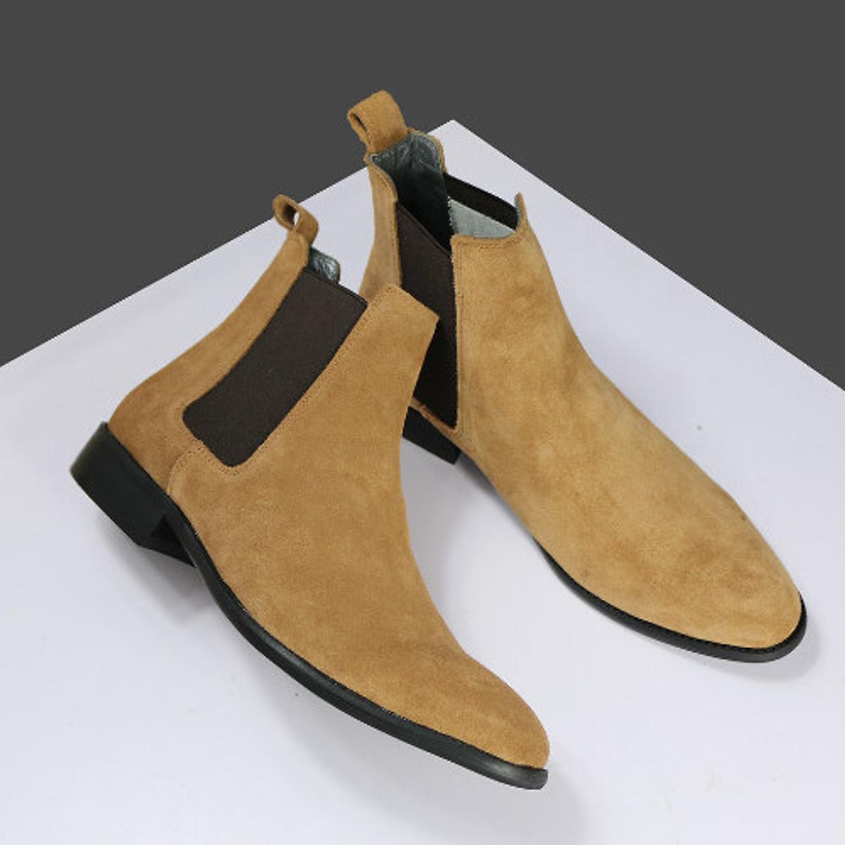 Boots Da Lộn Đen Cb Ag1L