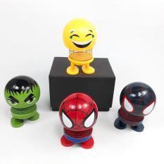 (HOT)Thú Nhún Emoji Con Lắc Lò Xo – Emoji Biệt Đội Siêu Anh Hùng – Emoji Hình Con Vật Đáng Yêu, Đồ Chơi Giảm Stress, Emoji Lò Xo Ngộ Nghĩnh, Đồ Chơi Tiêu Khiển, Trang Trí Xe Hơi – Giao Màu Ngẫu Nhiên – thegioisile4