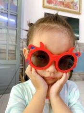 Mắt kính thời trang nhiều kiểu mẫu, kính mát thời trang nhiều kiểu mẫu, kính râm thời trang nhiều kiểu mẫu phù hợp cho các bé
