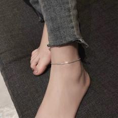 Lắc chân trơn phong cách đơn giản dễ phối đồ thời trang
