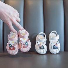 Giày tập đi siêu xinh cho bé gái