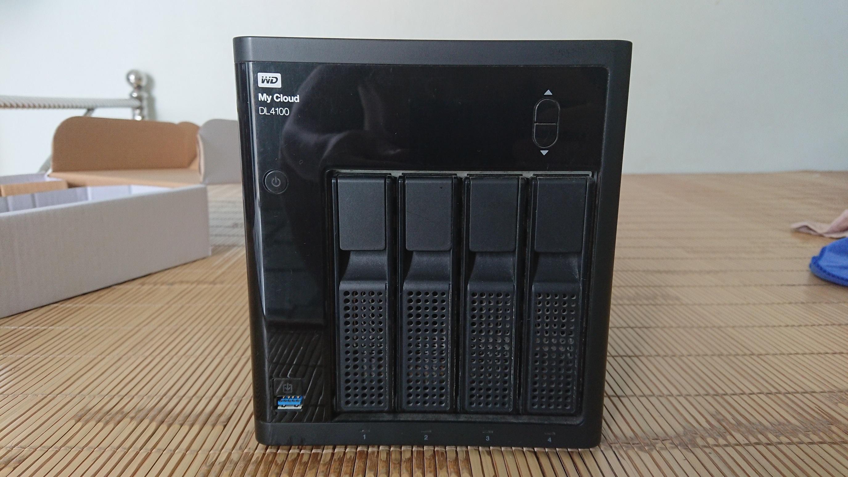 NAS WD My Cloud Business Series DL100 0TB hỗ trợ 4 ổ, không kèm ổ cứng