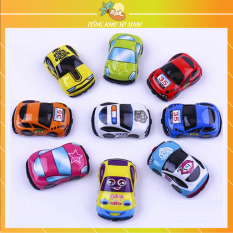 Xe ô tô đồ chơi cho bé bằng sắt mini chạy đà bằng dây cót cao cấp an toàn vui nhộn ( Giao ngẫu nhiên )