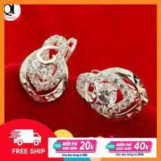 Bông tai nữ Bạc Quang Thản thiết kế kiểu khuyên đeo sát tai chất liệu bạc 925, gắn đá cobic sáng trắng phù hợp với mọi lứa tuổi – QTBT51
