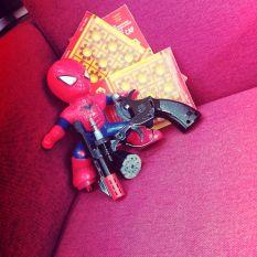 combo đồ chơi tuổi thơ màu đen kim loại tặng kèm 3 vỉ
