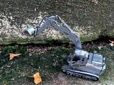 Mô hình 3D máy múc bánh xích bằng thép không gỉ máy múc bánh xích ( tặng dụng cụ lắp ghép khi mua 2 bộ bất kì)