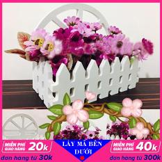 Giỏ cắm hoa treo tường, chất liệu gỗ màu trắng