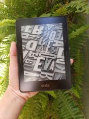 Máy đọc sách Kindle Voyage – like new 99,99%