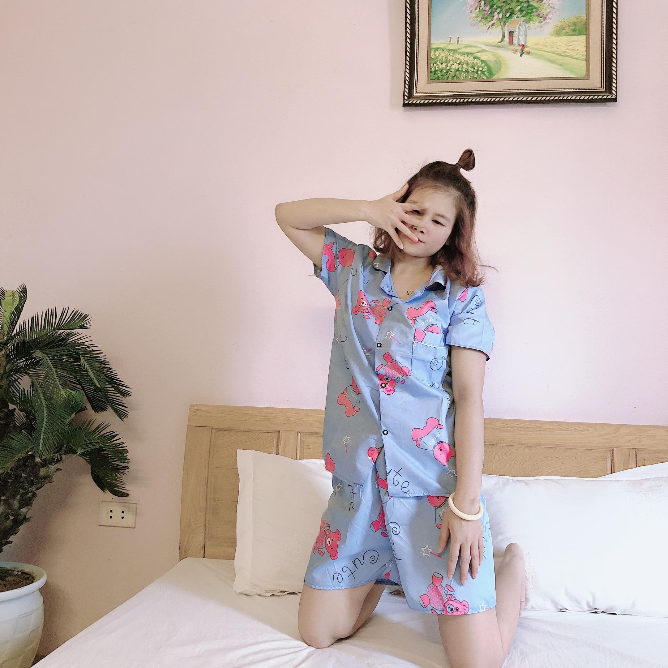 Bộ Quần Áo Mặc Ở Nhà Pijama Màu Xanh Dương Nhạt Tay Ngắn Quần Đùi Có Túi Ngực Kate Thái...