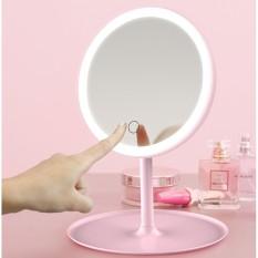Gương tròn để bàn trang điểm kèm đèn led . Thiết kế hiện đại phù hợp với không gian phòng ngủ sang trọng