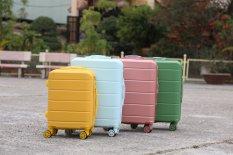Vali du lịch BAMOZO DORIS vali kéo nhựa size 20inch- Bảo hành 5 năm