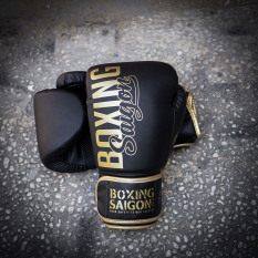 Găng tay Boxing Saigon Inspire – Black/Gold