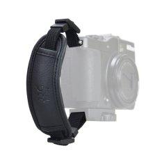 Dây đeo máy ảnh cổ tay Handstrap JJC HS-M1 (Đen).